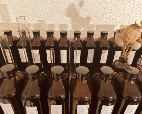 Tincture bottles for webpage scaled